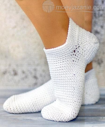 белые носки связанные крючком