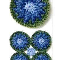 Круглый мотив с синим цветком